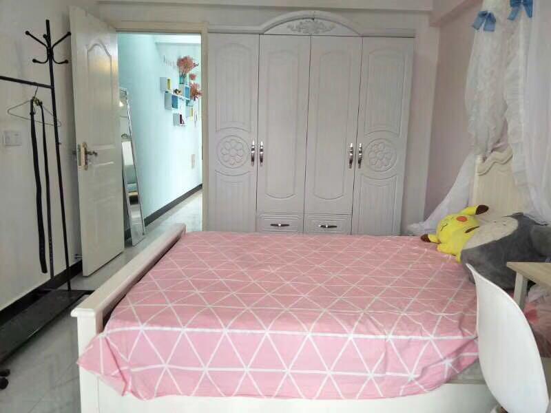 整租| 西湖陆庄庭苑欧式精装单身公寓,厅卧室分离的房间大,32