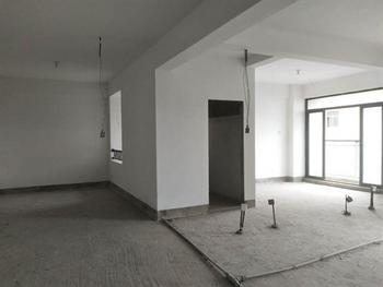 新出炉房源,毛呸三房,难得户型,看房方便,只要170万
