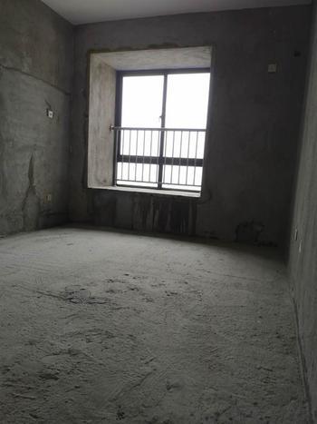 婚装全明东边户3房,格局工整合理得房率超高的