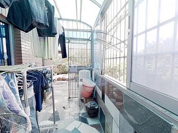广顺花园 标准大两房 带大露台 可做三房 一套 出价可谈