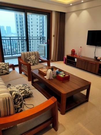 国贸天悦 3室2厅 精装修出租才3600每个月