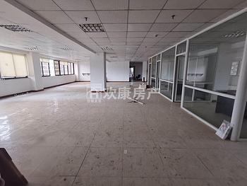 火车站罗宾森 禾祥东万象城旁 交通停车方便 整层出租